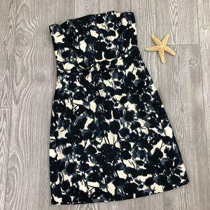 NWT Banana Republic Navy/Ivory Strapless Dress